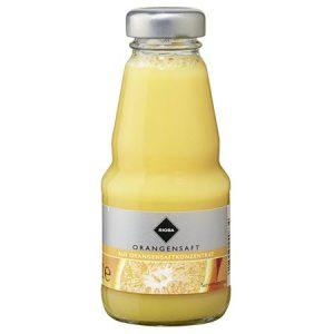 Orangensaft im Lieferservice